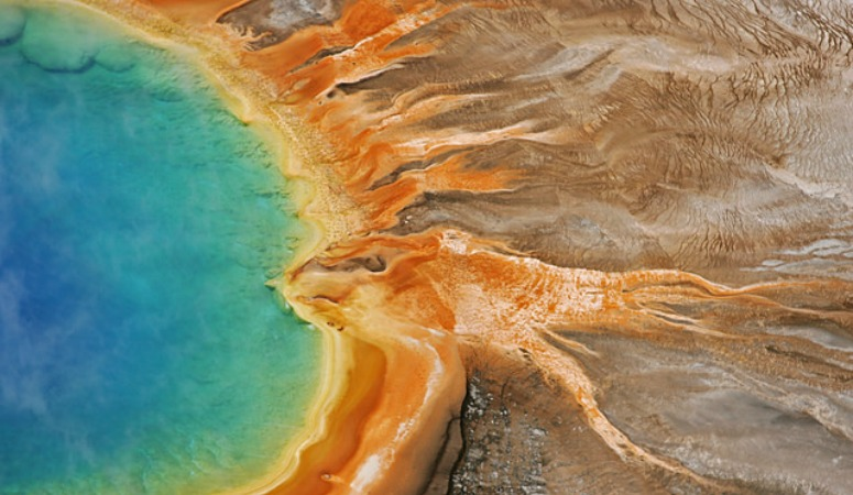 GrandPrismaticSpring Yellowstone National Park