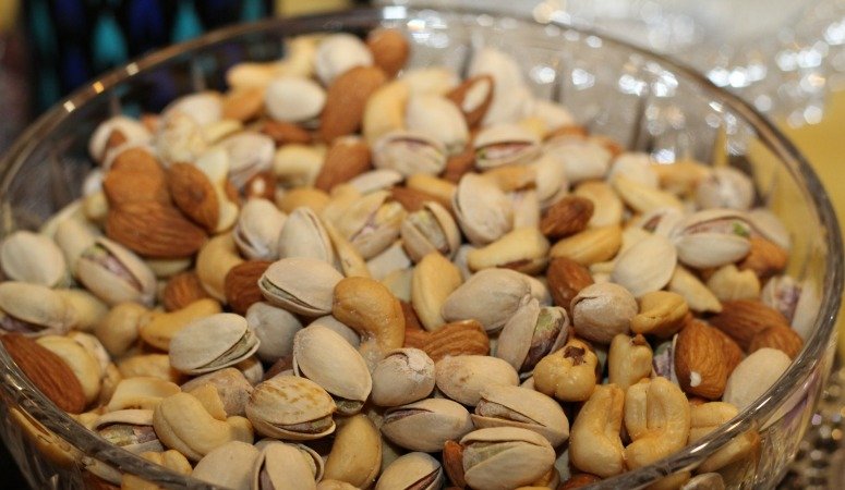 Tips for traveling with nut allergies