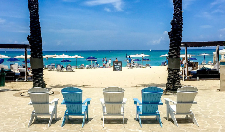 043: Planning a Grand Cayman Family Vacation