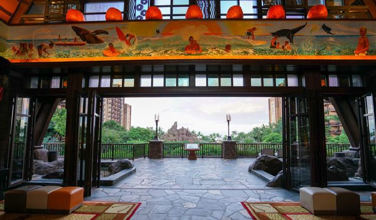 075: Insider Tips to the Disney Aulani Resort in Hawaii