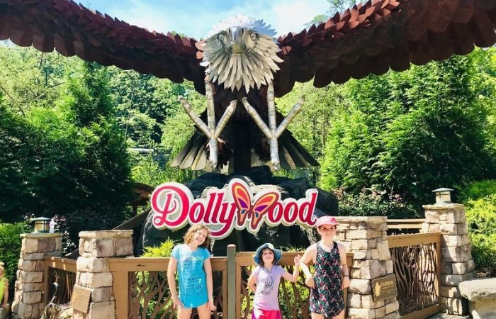 Dollywood entrance