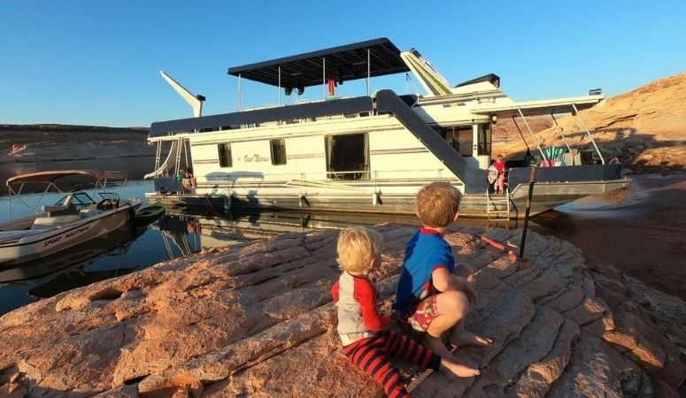 171: Houseboat Rental Vacation Tips